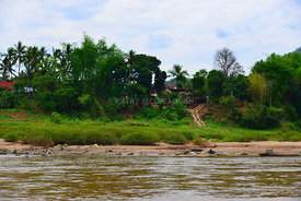Mekong_scenic_village_oil