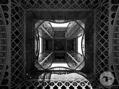 EIFFEL TOWER PARIS