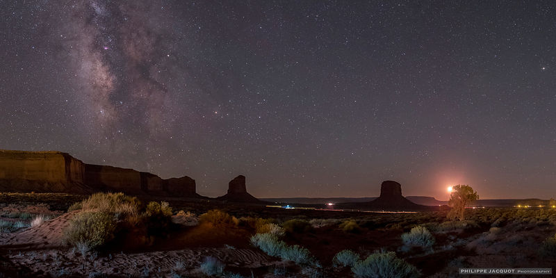 Galactic mesas (bis) - Monument Valley - Arizona/Utah