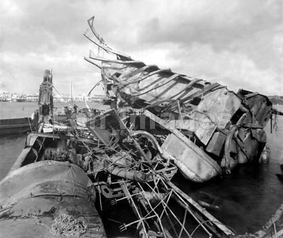 Wreck of USS Maine in 1898