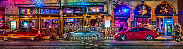 Night life on Sixth Street, Austin, Texas, USA