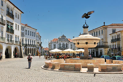 Praça do Giraldo, a Unesco World Heritage Site. Évora, Portugal (MR)