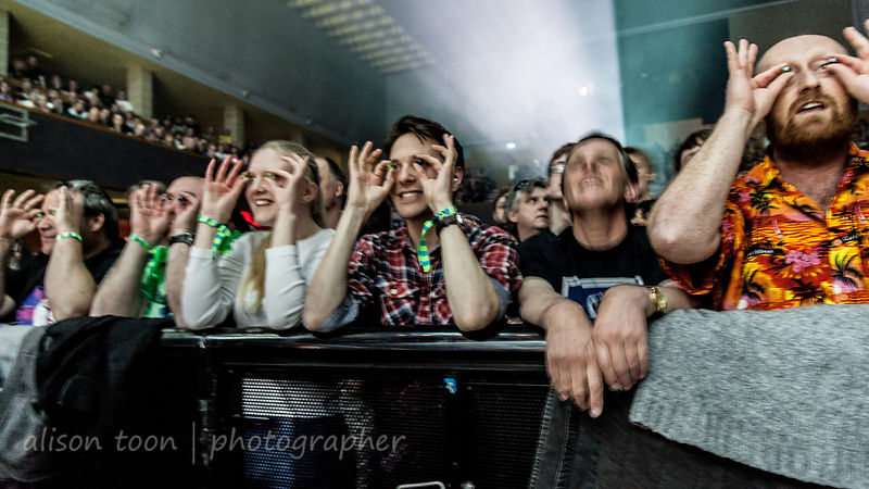 Fans with marbles, Marillion, Wolves, 2015, Saturday