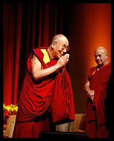 TWL009_HHDalaiLama030_Preview