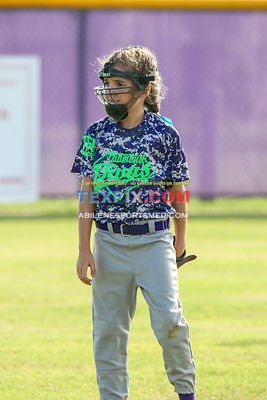 08-19-17_SFB_8U_Diamond_Divas_v_West_Texas_Force-1