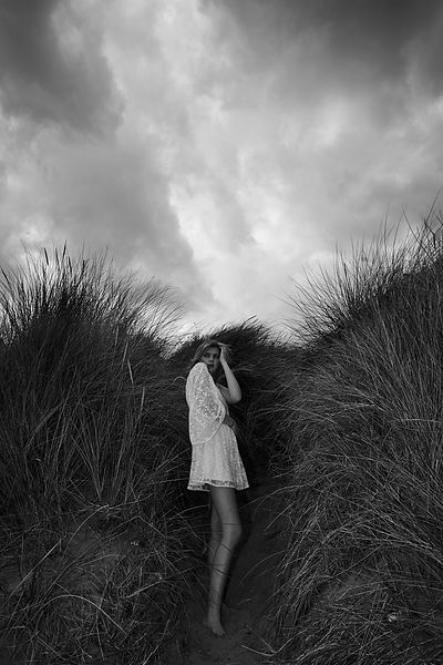 Fashion shoot at Spurn Point with Lindsay Furse