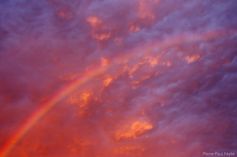 un-arc-en-ciel-sous-les-mammas--rainbow-and-mammas_9469059555_o