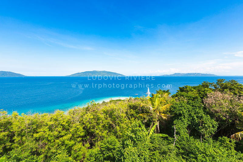 N2015-274-Madagascar-Nosy-tanikely-vue-depuis-le-phare