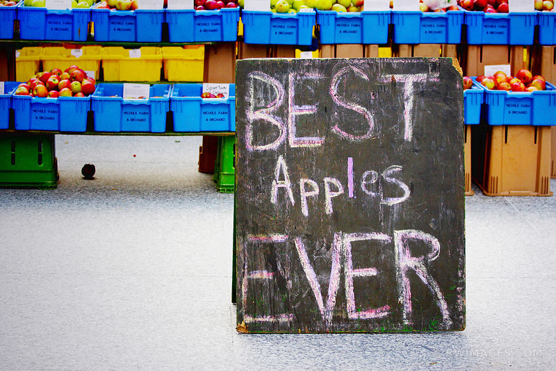 BEST APPLES EVER FARMERS MARKET CHICAGO ILLINOIS
