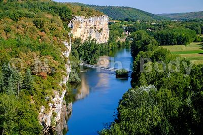 VALLEE DU LOT, LOT, FRANCE//LOT RIVER VALLEY