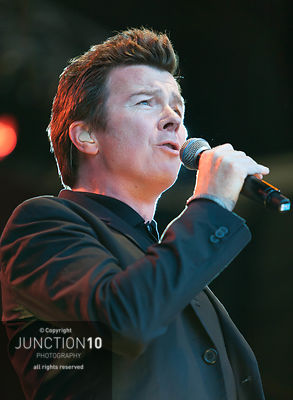100-0694 Go West and Rick Astley