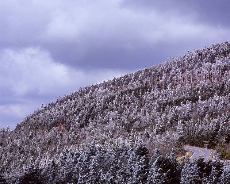 026-Blue_Ridge_D145194_Blue_Ridge_In_Early_Spring_-_Mount_Mitchell_in_Snow_with_Pkwy_001_Preview