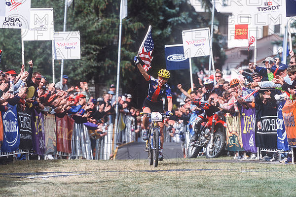 ALISON DUNLAP VAIL, COLORADO, USA. UCI MOUNTAIN BIKE WORLD CHAMPIONSHIPS 2001