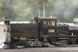 steam engine G42 shunting