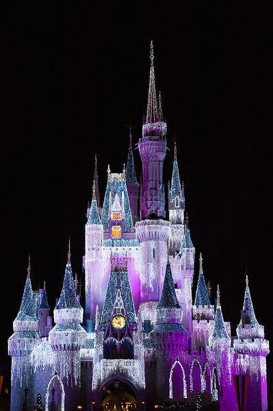 Disney-Cinderella-Castle-Dream-Lights-Pink-Purple-0369