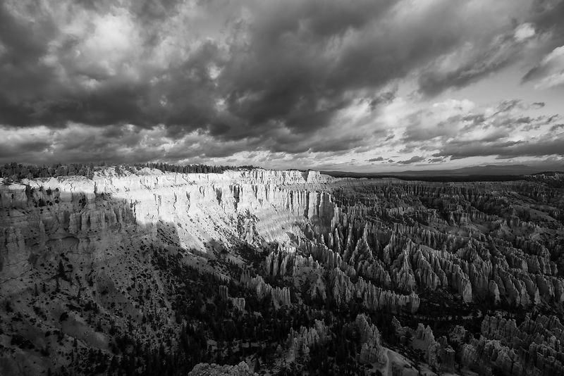 Bryce-Canyon-Sunrise-4346-BW-Full