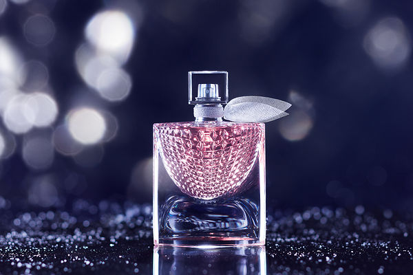 Still Life Perfume and cosmetic Photographer Paris