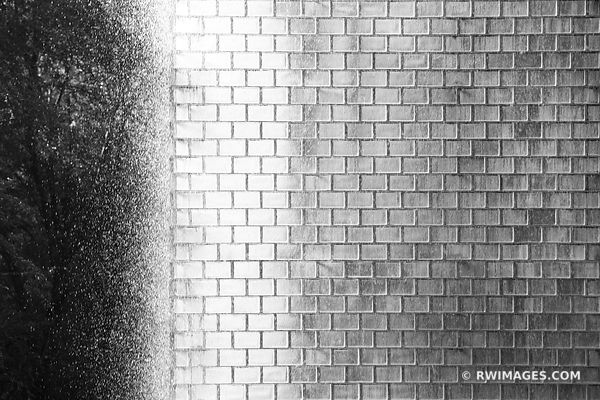 CROWN FOUNTAIN MILLENIUM PARK CHICAGO BLACK AND WHITE
