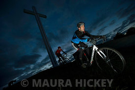 Picture: Maura Hickey..LtoR: Dave O'Connor and Alan Cullen of Park Wheelers at the Papal Cross, Phoenix Park training for Cyclocross events.