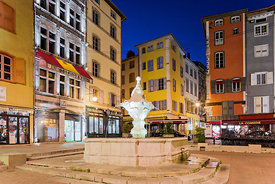 Place du Plot in the twilight, Le Puy en Velay