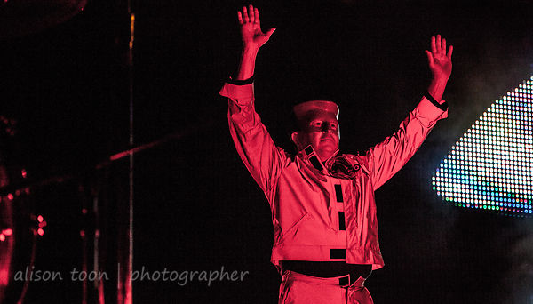 Devo photos