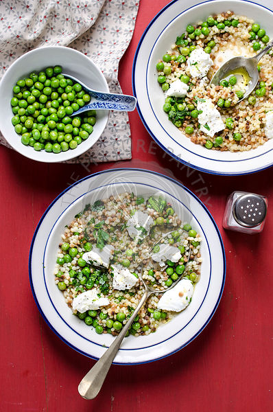 Fregola( sardinian pasta) with peas and ricotta