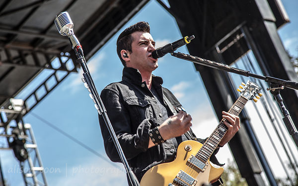 Theory of a Deadman photos