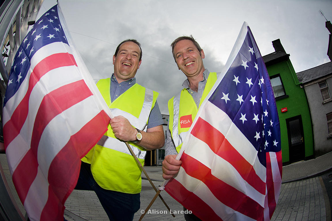 Oisin Heraghty and Ger Deere decorating the town of Castlebar ahead of the visit to Mayo of USA Vice President Joe Biden. ©Alison Laredo