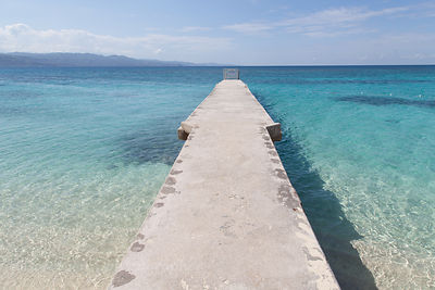 Breakwater at Doctor's Cave Beach, Montego Bay, Jamaica