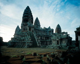 Angkor Wat central tower