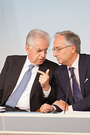 Italian Prime Minister Mario Monti and Filippo Griffi at a press conference