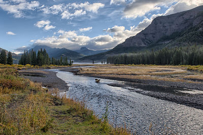 Yellowstone-Lamar-River-0288653-HDR