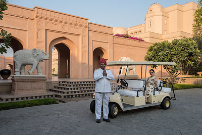 Golf_Cart_-_The_Oberoi_Amarvilas_Agra_(1)_v1_current