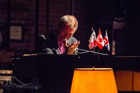 Hugh Laurie and the Copper Bottom Band, Englert Theater, August 17th, 2012
