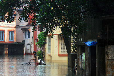 Monsoon flooding, Lake Gardens, Kolkata, India. Taken during the heaviest rains in Kolkata in a decade.