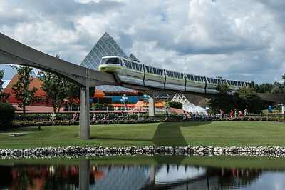 Disney-Monorail-Green-0421-Full
