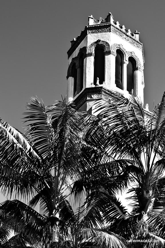 SANTA BARBARA ARCHITECTURE BEACH BLACK AND WHITE VERTICAL