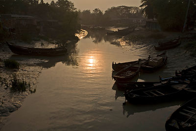 Bangladesh - Chittagong - Boats (sampan) on an inlet of the Karnaphuli River