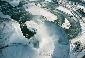 Niagara Falls frozen over, New York