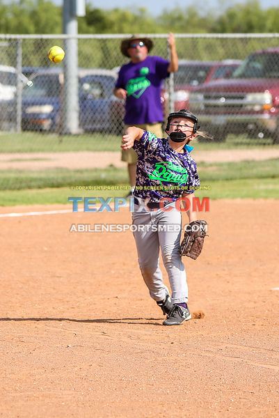 08-19-17_SFB_8U_Diamond_Divas_v_West_Texas_Force-27