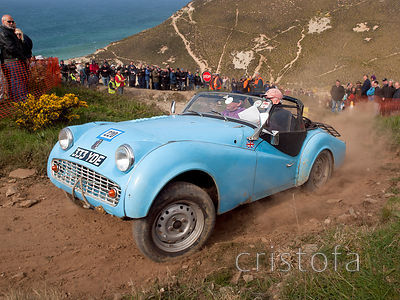 a Triumph TR3A reaches the top of the steep Blue Hills section of the MCC Land's End Trials