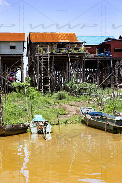 KAMPONG KHLEANG FLOATING VILLAGE