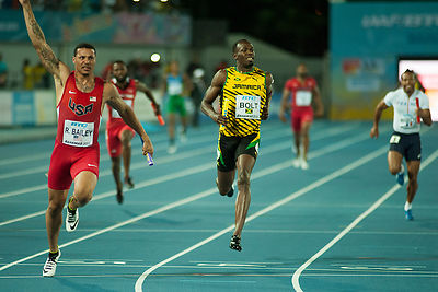 _GGS6221_-_USA_beat_Jamaica_in_4_x_100_Relay