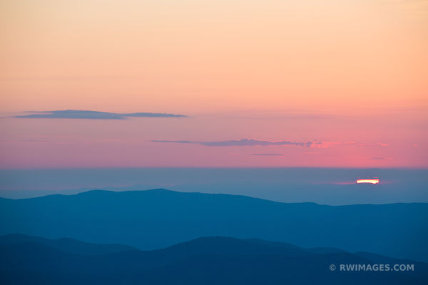 BLUE RIDGE MOUNTAINS SHENANDOAH NATIONAL PARK VIRGINIA COLOR SUNSET