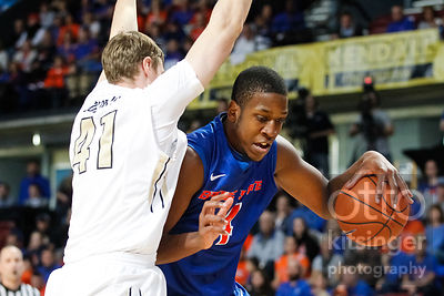 Basketball: Idaho vs. Boise State 11/25/14