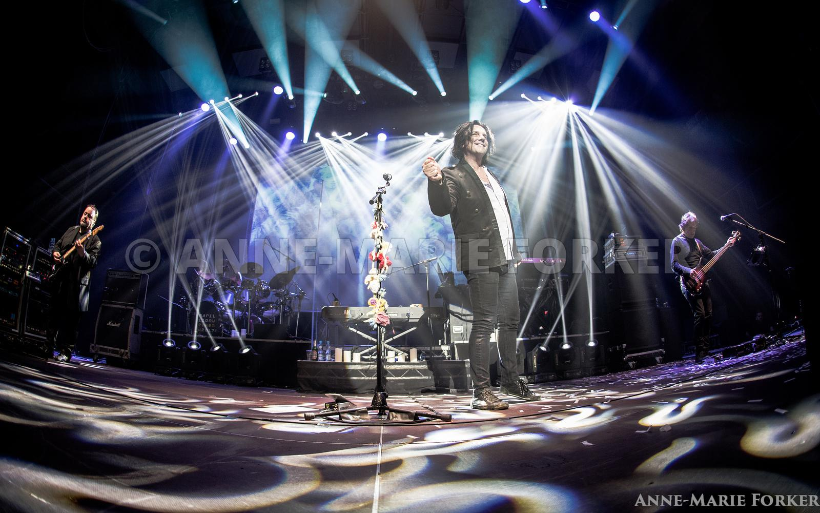 Marillion_Poland_FOR_PRINT_16_x_10_AM_Forker-7012
