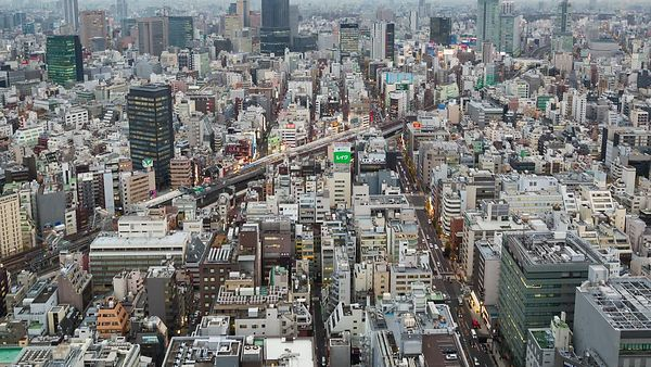 Bird's Eye: Tokyo Lights Up Into Two DIfferent Personalities Between Day & Night (Day To Night)
