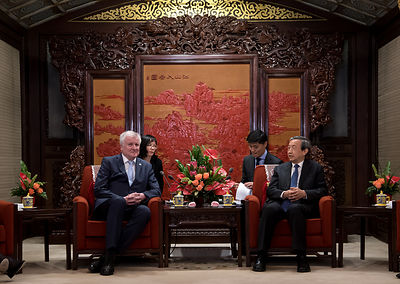 Bayerns Ministerpräsident Seehofer in China