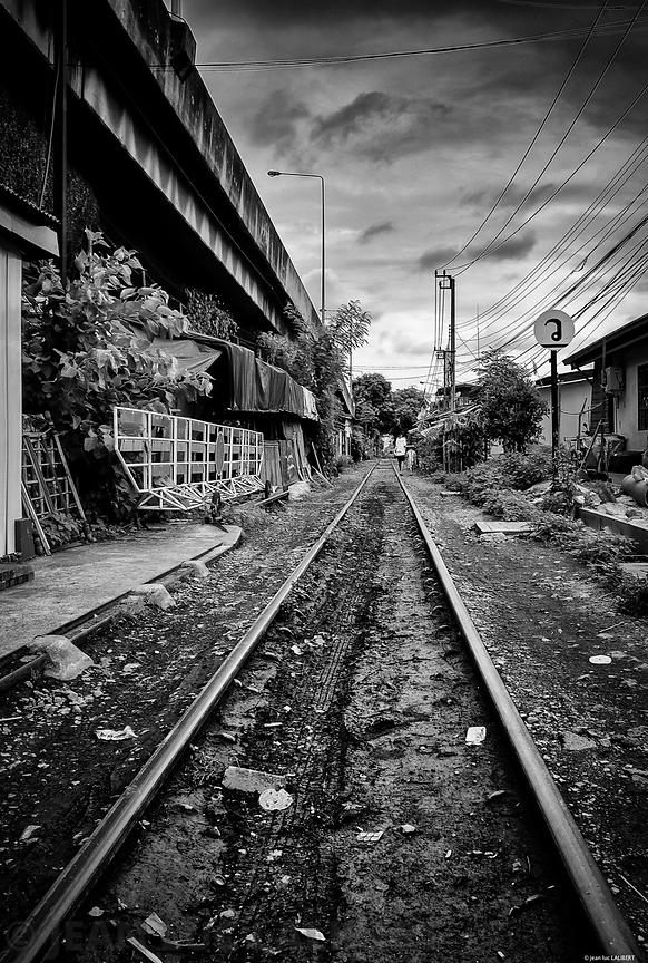 Around_The_Railway_1