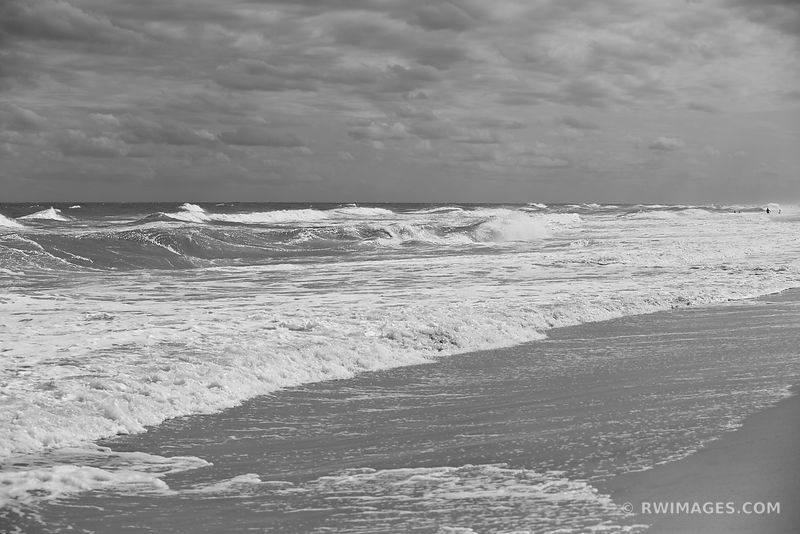 ATLANTIC OCEAN WAVES ASSATEAGUE ISLAND NATIONAL SEASHORE MARYLAND